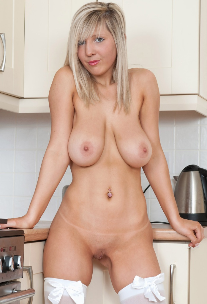 In Sachen Milf Kontaktanzeigen oder auch Hausfrau flachlegen frag doch einfach Sabrina.