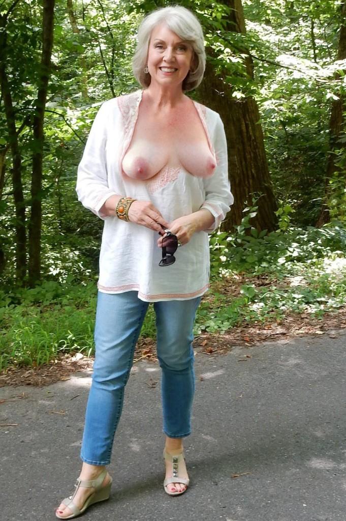 Oma Lara zum Sexthema Cougar verführen sowie MILFs Basel einfach fragen.