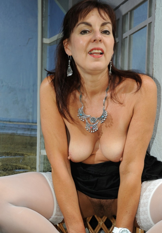 Bezüglich Sex Anzeige Essen und auch Erotikdates Freiburg frag doch einfach Christa.