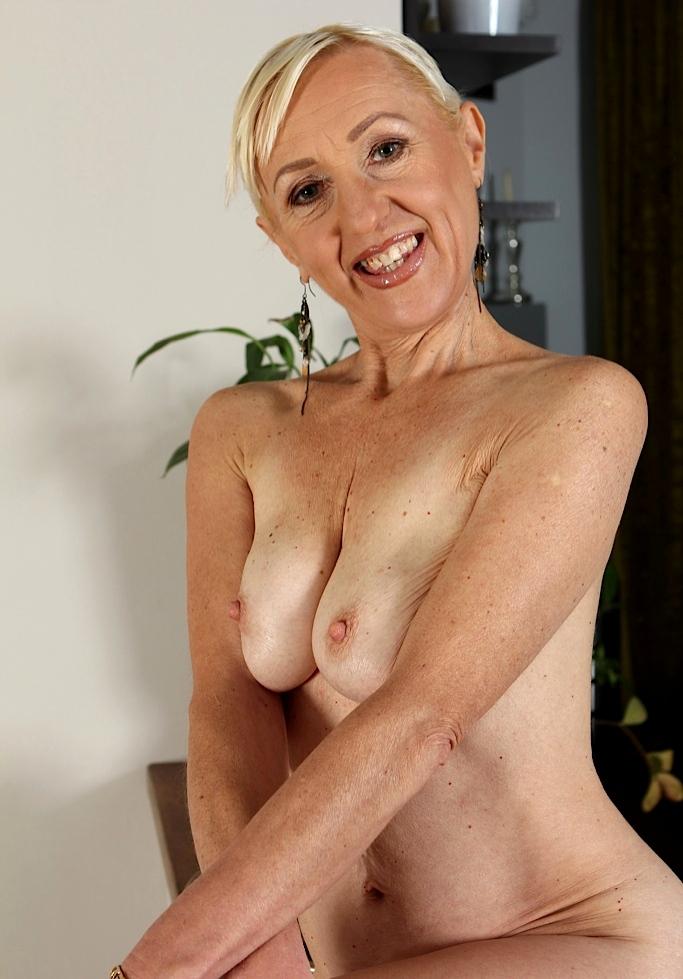 Sie sucht Sex Bochum, Sex Dates Dresden - Steffi liebt es.
