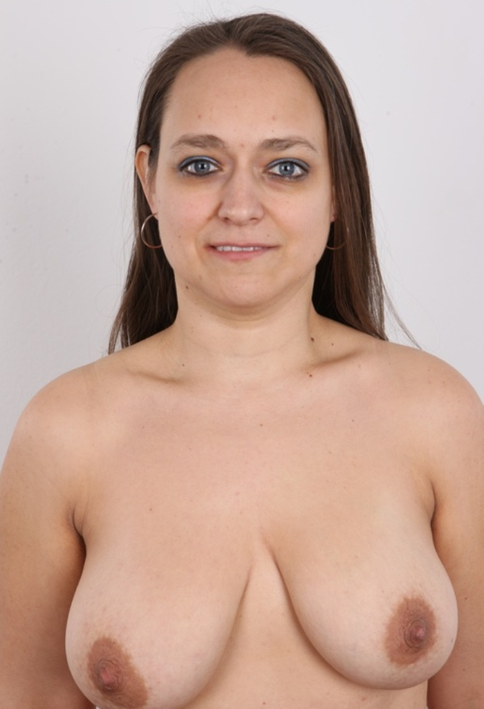 In Sachen Privater Sex Kontakt Essen sowie Sie sucht Sex Hamburg – die richtige Antwort hat Erika.