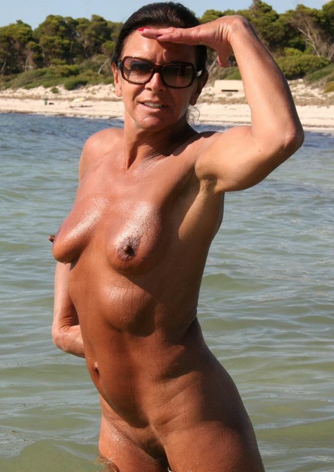 Sexanzeige Dortmund, Sex Dates Dresden – Nancy hat Bock dazu.