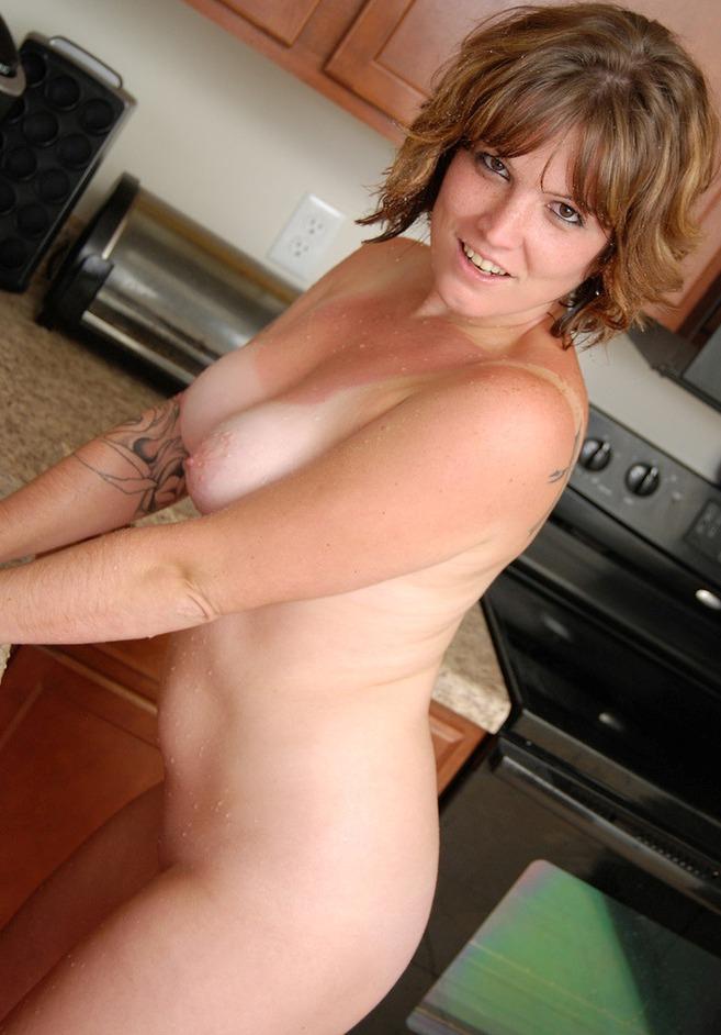 Wer hat Interesse daran zum Thema Hausfrauenanzeigen mehr zu erfahren?
