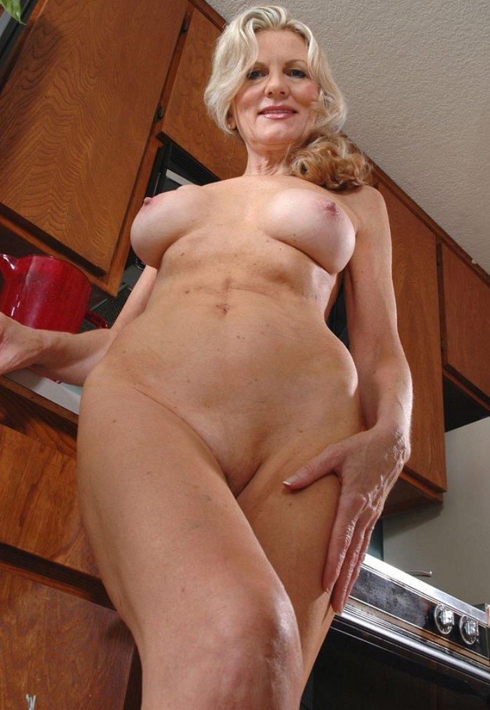 Erotik Kontakte Potsdam, Sie sucht ihn Potsdam – Annette hat Interesse.
